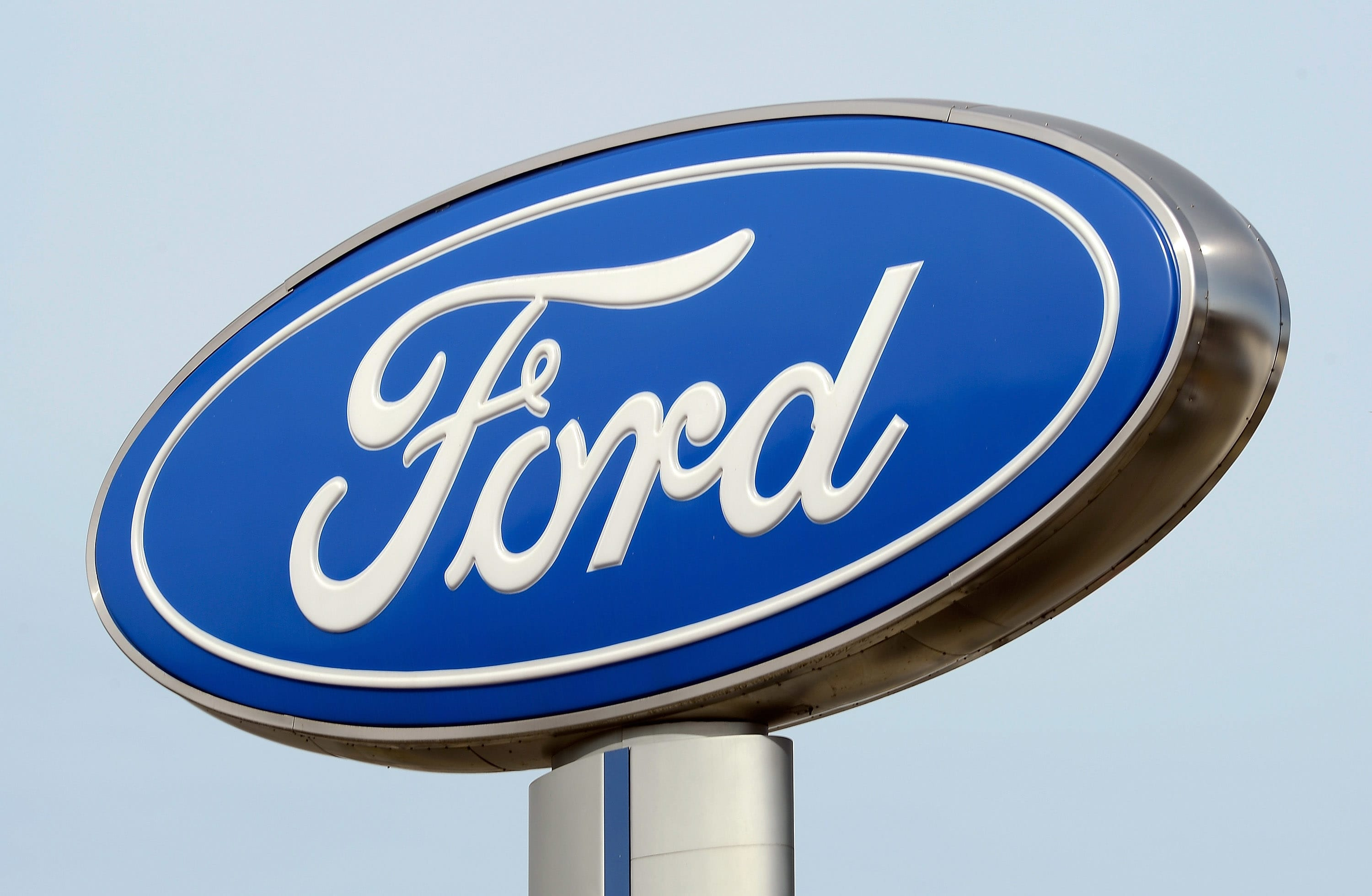 Ford to Add 800 White-Collar Jobs, Mainly in Michigan