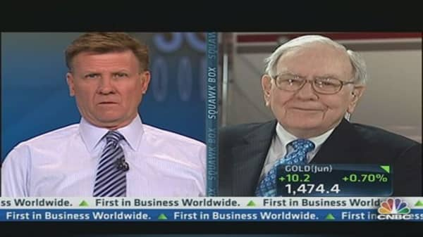 Buffett on Media Picks: Content Is Where the Money Is