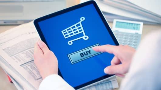 Online retail e-commerce