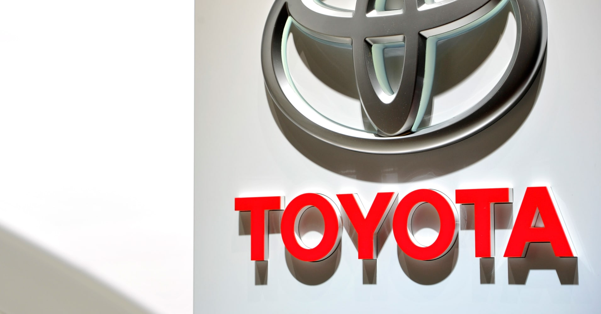 Toyota Spending 1b On Self Driving Car Research