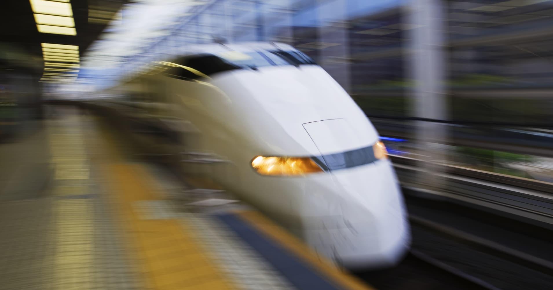 Will Texas politicians railroad high speed rail?