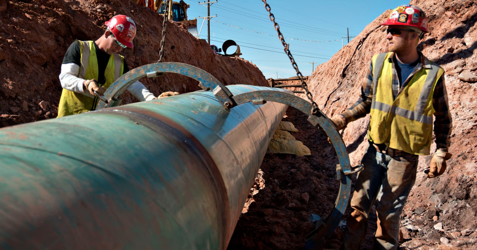 White House planning executive order that aims to boost pipeline construction, lower energy prices