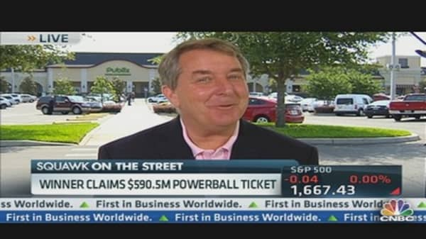 Winner Claims $590.5 Million Powerball Ticket