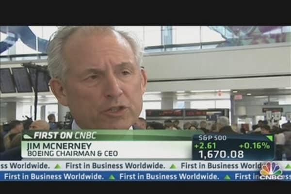 Boeing CEO Takes Flight on Dreamliner's Return