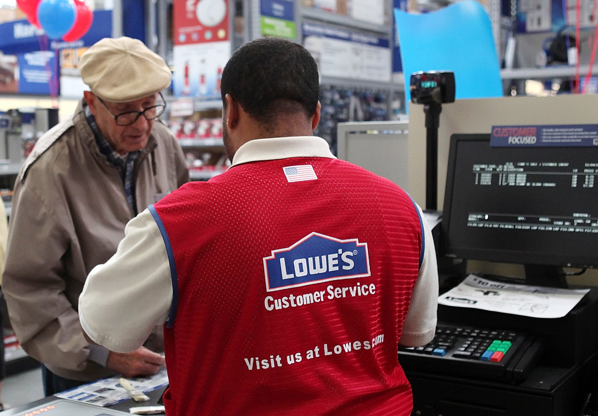 Lowes Stock Quote D.eshaw & Co Builds Activist Position In Lowe's