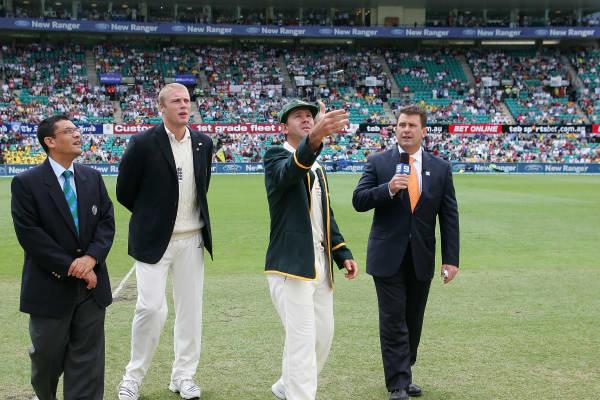 Australian captain tosses the coin