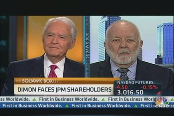 Bove: No 'Evidence' Split Role Will Improve JPM