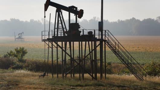 Oil gas derrick
