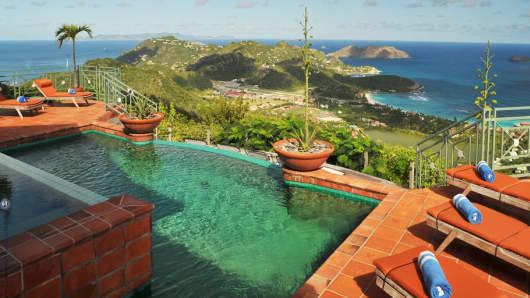 Au Soleil property in St. Bart swimming pool.