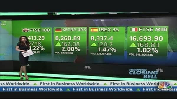 Europe Stocks Close Higher After US Jobs