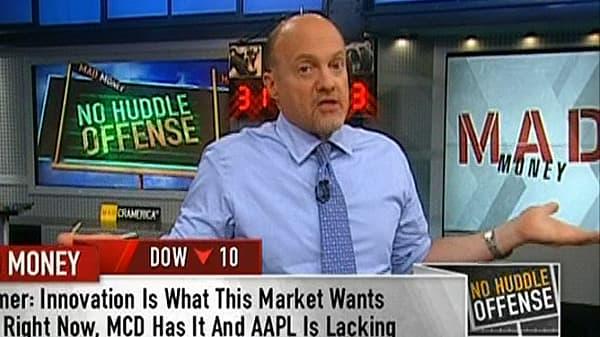 No Huddle Offense: Buy AAPL or MCD?