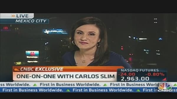 Mexican Law Could Split Billionaire Slim's Business