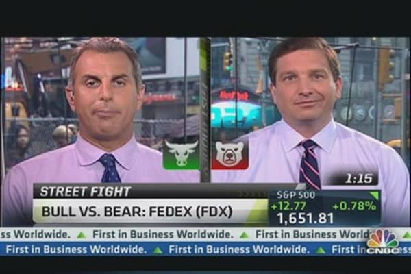 Debate It! Bull vs. Bear on FedEx
