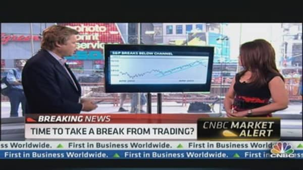 Stock Charts Suggest Deeper Sell-Off: Pro
