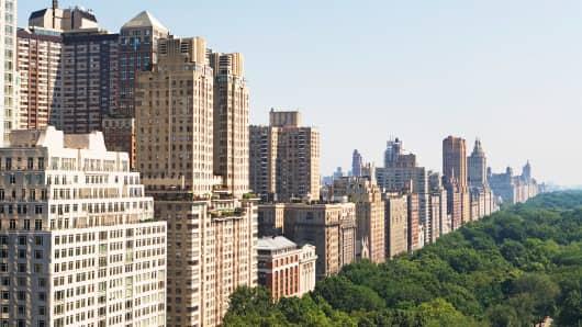 Manhattan apartment buildings