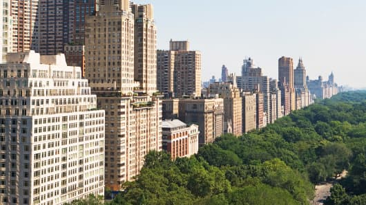 Manhattan apartment buildings