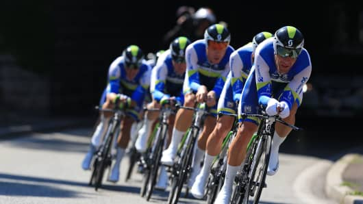 Team Orica GreenEDGE at the 2013 Tour de France.