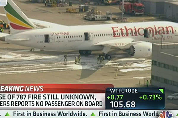 Fire on Egyptian Airlines 787