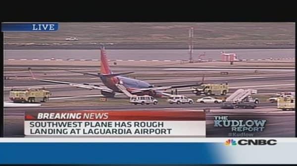 Southwest Plane has rough landing at LGA
