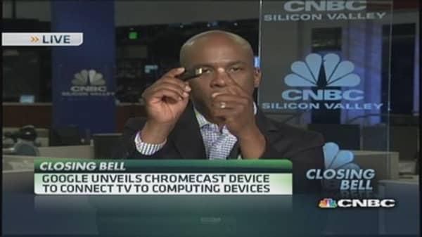 Google unveils Chromecast device