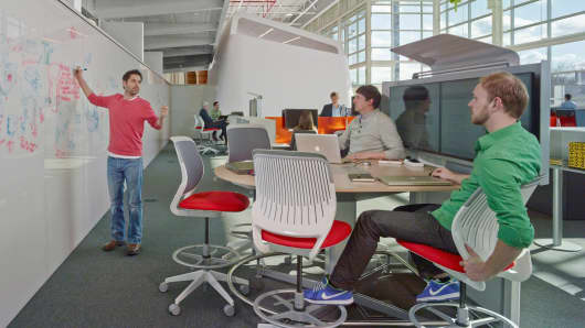 Steelcase's new Innovation Center gives people a range of spaces, including open plan collaboration areas, to match different work needs and encourage movement and interaction.