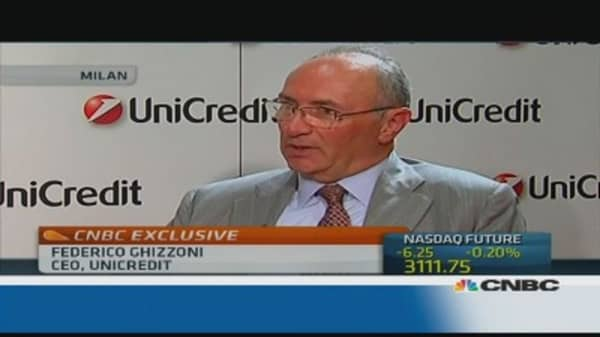 Unicredit CEO: Italy needs political stability