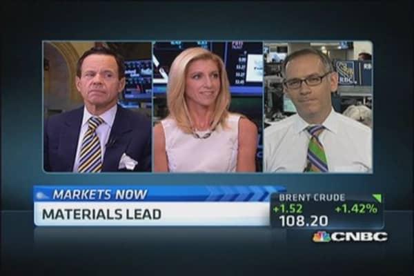 Stocks slump, but close off lows