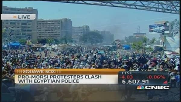 Pro-Morsi protestors clash with Egyptian police