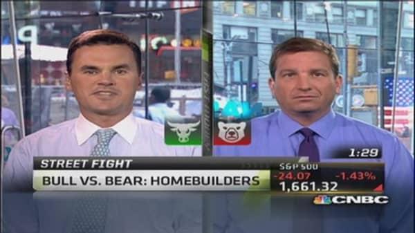 Debate It: Bull vs. bear on home builders