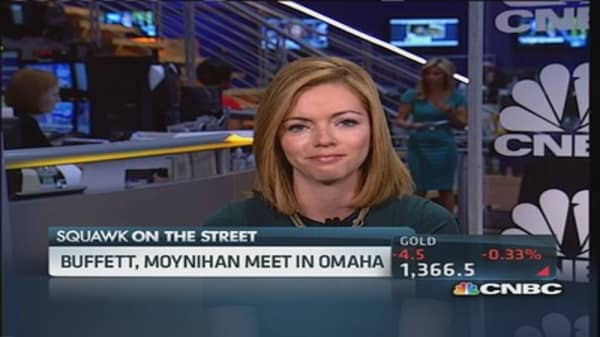 Buffett and Moynihan share a meal... and a deal?