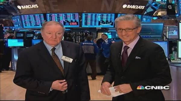 90 Seconds with Art Cashin: Investors flock to safety