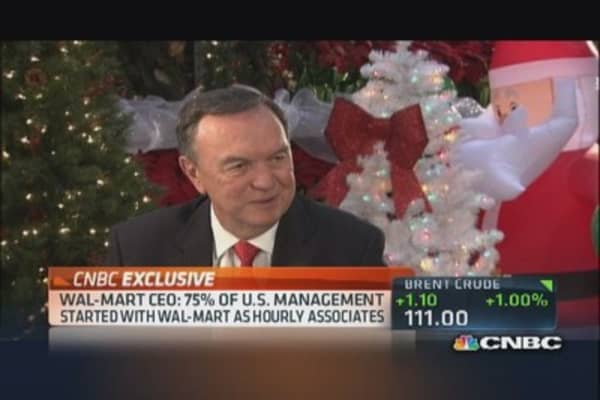 Wal-Mart CEO: Feel very confident  for holiday season