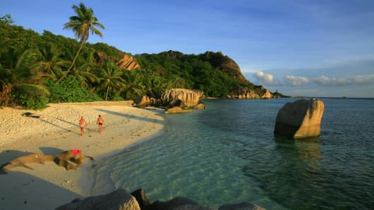 Tropical Island Paradise Tops Debt League