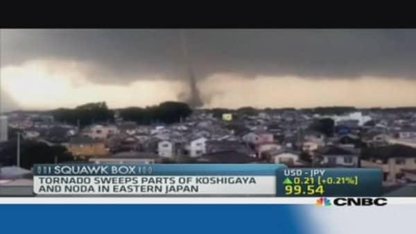 Tornado hits Japan