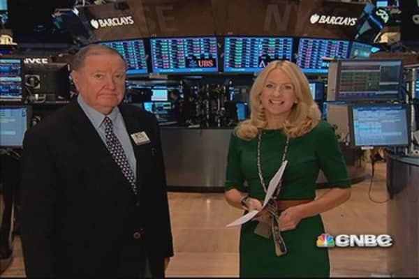 90 Seconds with Art Cashin: It's a fingers-crossed day