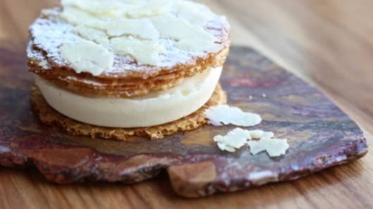 We know cheese makes everything better, but an ice cream sandwich? Oh yes! Check out the aged cheddar ice cream sandwich from Qui in Austin, Texas.
