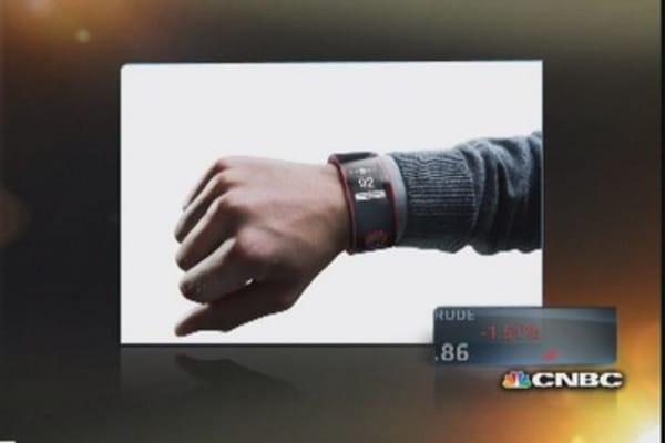 Nissan unveils smartwatch