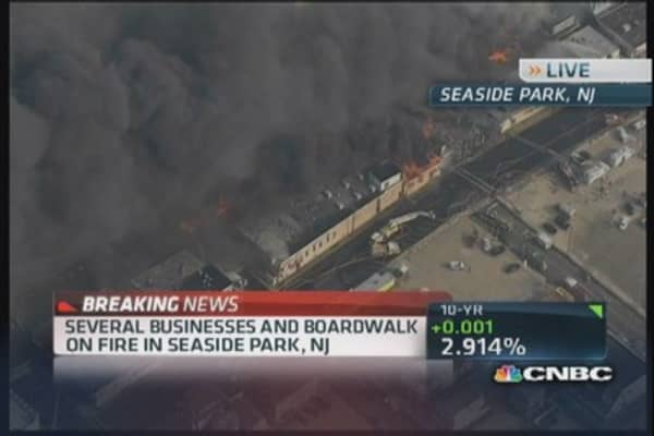Fire blazes along NJ boardwalk