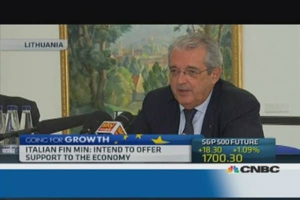 Italian Fin Min: Intend to offer support to the economy