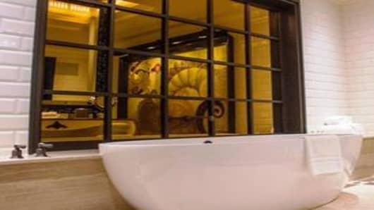 Suite Tub