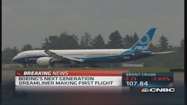 Boeing's 787-9 Dreamliner first flight