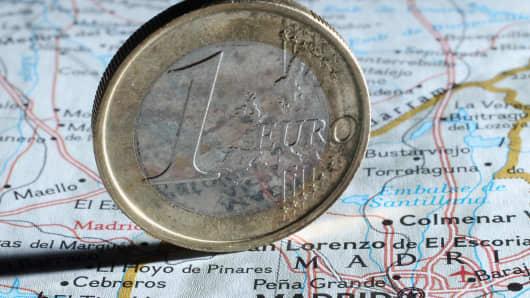 149964186SG004_Spain_Strugg