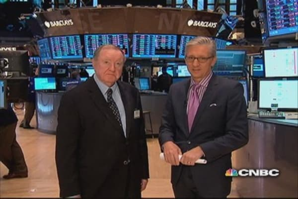 90 Seconds with Art Cashin: Political doubts 'nag' markets