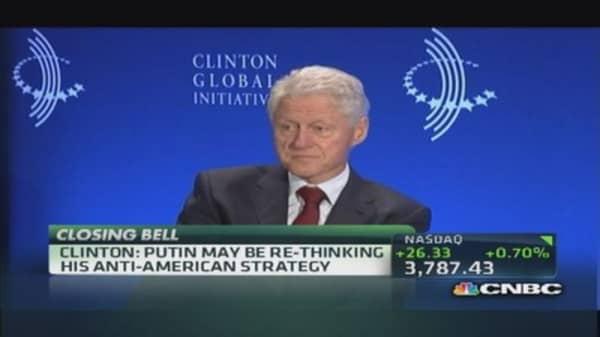 Bill Clinton: Putin thinks if U.S. looks bad, he looks good