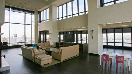 New york apartment prices hit four year high for Penthouse apartment price