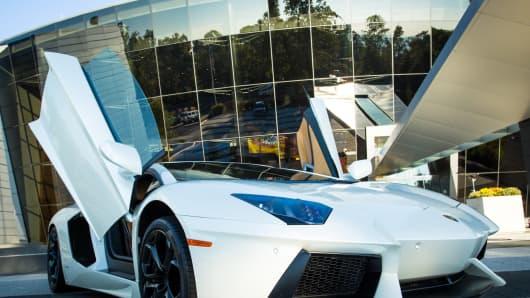 Lamborghini Aventador LP-700