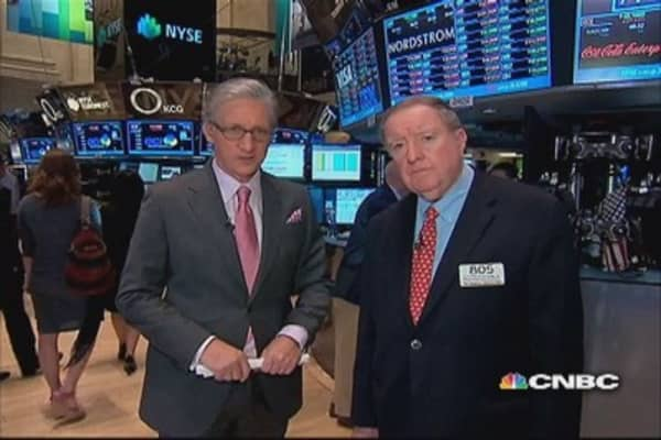90 Seconds with Art Cashin: Tiptoe into the weekend
