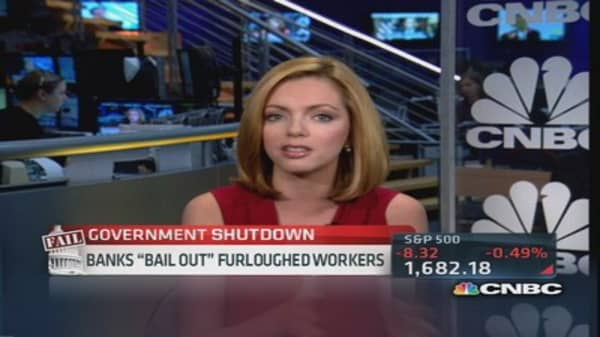 Banks 'bail out' furloughed workers