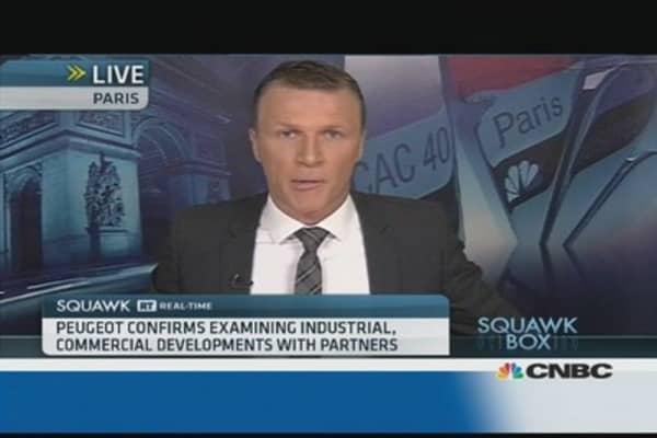 Peugeot in talks to raise cash