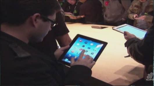 Tech talk: Apple event & plenty of earnings